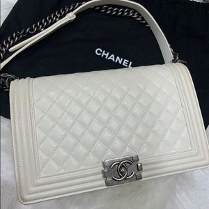 100% guarantee authentic Chanel boys large size.
